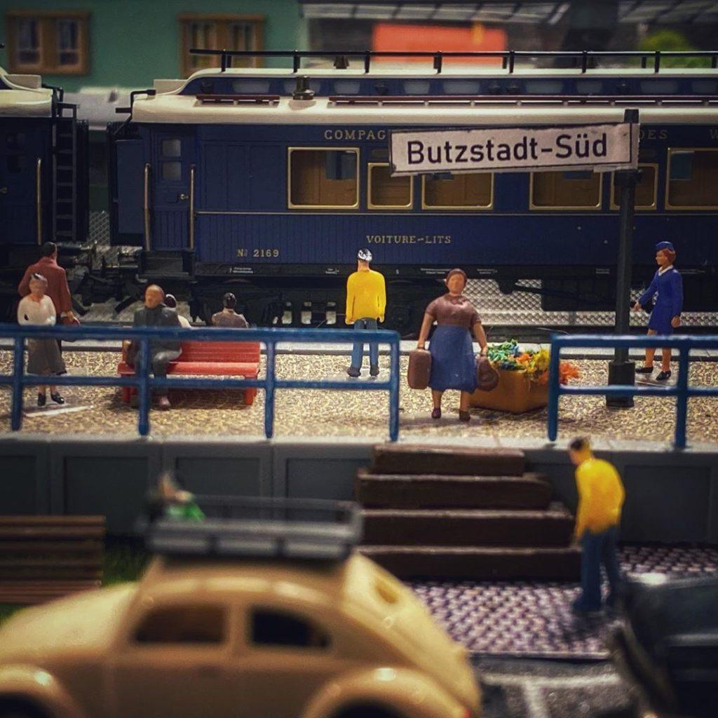 Bahnsteig Butzstadt-Süd